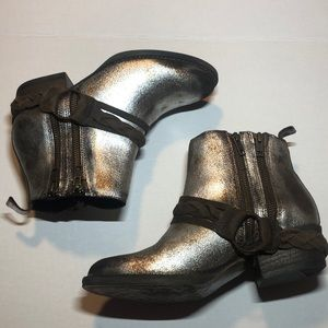 Very Volatile Yokel Ankle Boot
